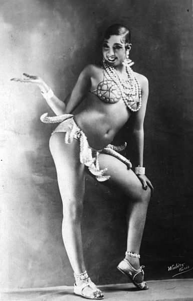 Joséphine_Baker_-_Girdle_of_Bananas