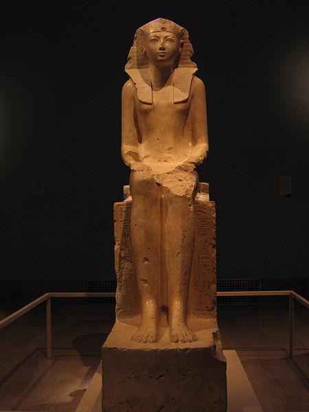 450px-Hatshepsut_1