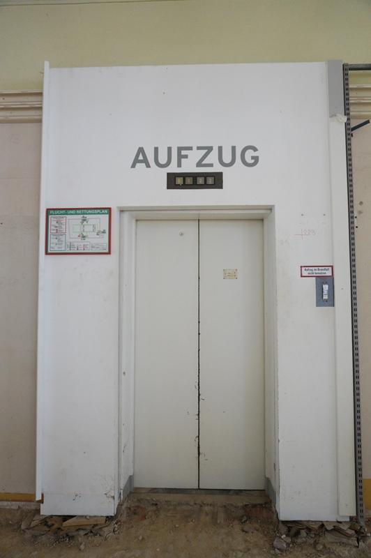 Grand Budapest Hotel Aufzug