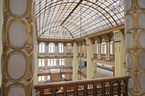Säulen, Kuppeldach