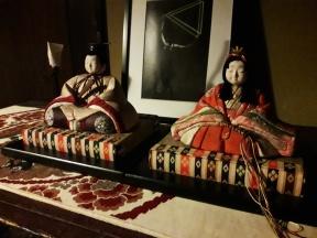 Für uns extra von Maki aufgestellt. :) Traditionelle Dekoration zum Mädchentag.